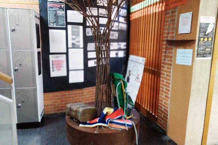 El árbol de la memoria, en el instituto.
